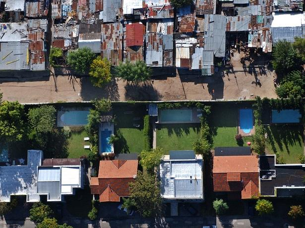 gated-community-in-buenos-aires